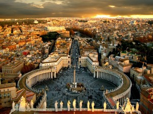 Plaza de San Pedro y la ciudad del Vaticano