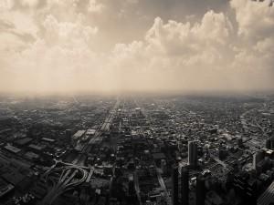 Vista aérea de la ciudad y el cielo