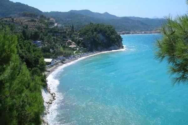 Playa de un bonito color turquesa
