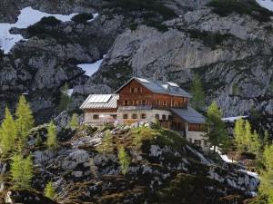 Vista sur del Laufener Hütte, en Salzburgo (Austria)