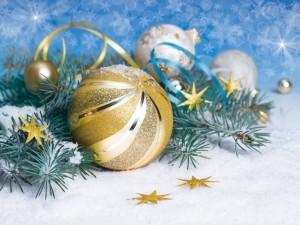 Postal: Bolas doradas navideñas