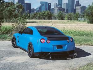 Nissan GTR azul