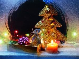 Postal: Navidad tras la ventana