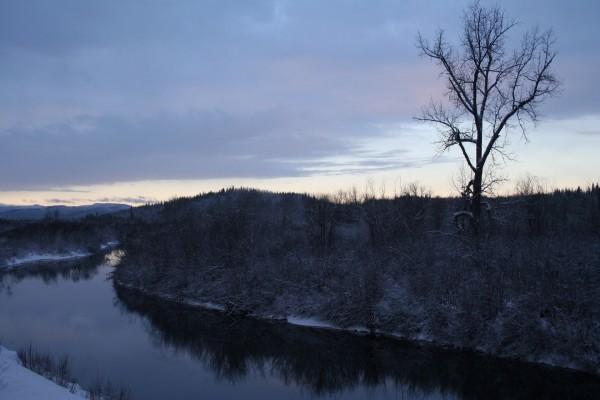 Río en invierno
