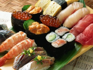 Postal: Plato con comida japonesa