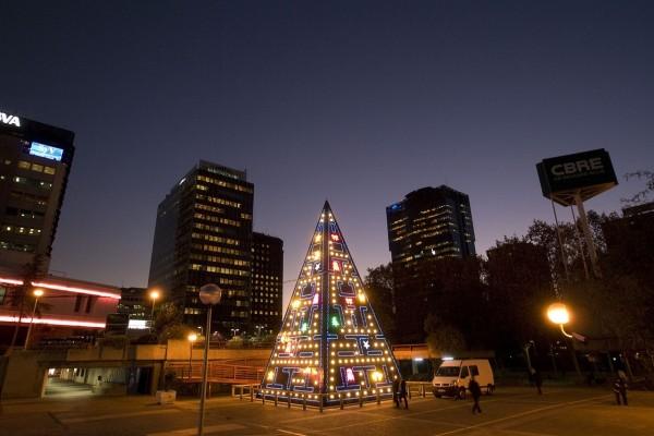 Luces de Navidad en AZCA (Centro de Negocios y Oficinas en Madrid, España)