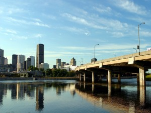 Postal: Pilares de un puente