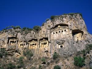 Postal: Tumbas en la roca (Dalyan, Turquía)