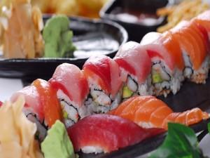 Postal: Delicioso plato de pescado típico japonés