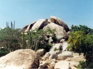 Postal: Formación rocosa cerca del pueblo de Ayo (Aruba)