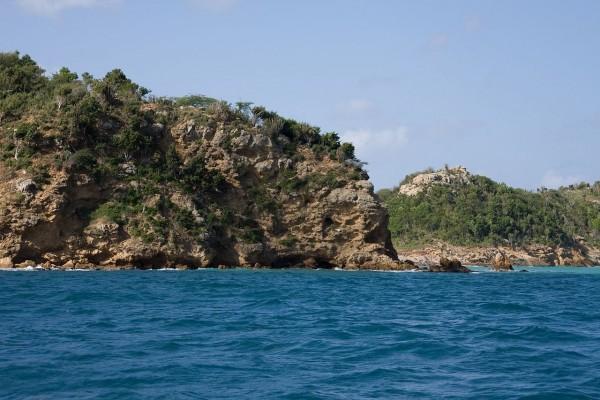Costa rocosa, Antigua