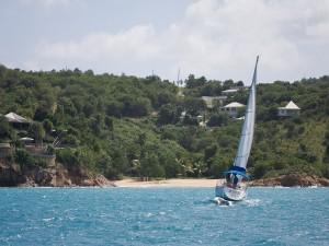 Navegando en Antigua (Caribe)