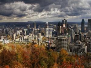 La ciudad en otoño