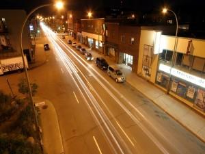 Carretera en una calle de la ciudad