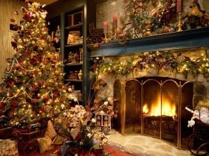 Postal: Salón decorado para Navidad