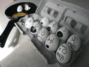 Postal: Huevos asustados