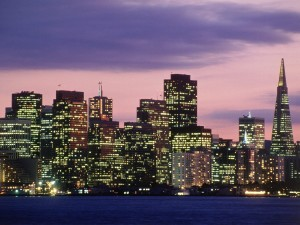 Postal: Noche en el Distrito Financiero de San Francisco