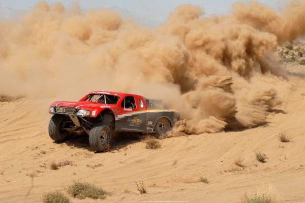 4x4 en las arenas del desierto