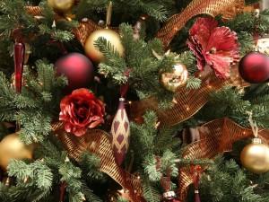 Postal: Flores en el árbol de Navidad