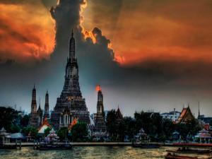 Templo budista Wat Arun en Bangkok