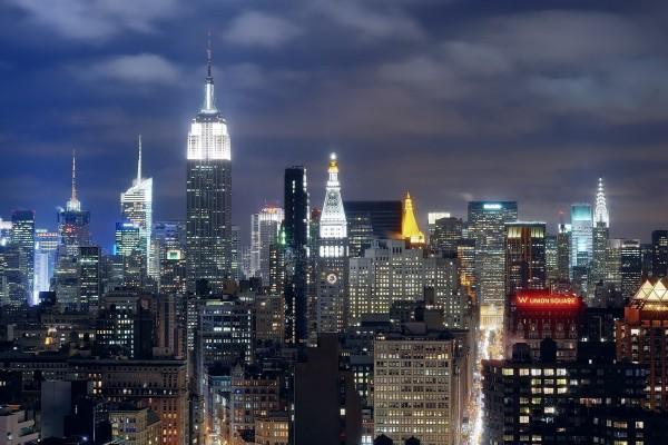 Luces en los rascacielos de Nueva York