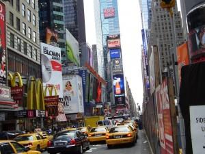Postal: Taxis en una calle de Nueva York