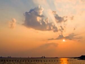 Postal: Nubes cercanas al sol