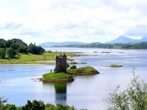 Postal: Castillo en la isla