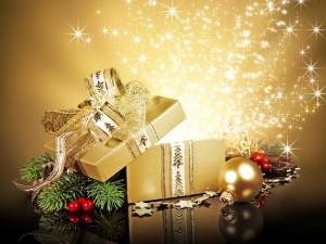 Postal: Caja dorada para regalos navideños