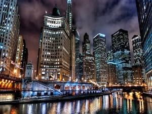 Postal: Luces en los edificios de Chicago