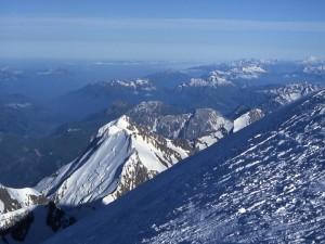 Una de las vistas desde la cima del Mont Blanc