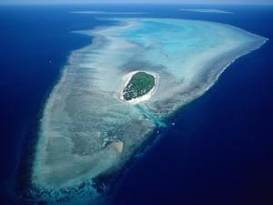 Vista aérea de Heron Island y La Gran Barrera de Coral, Australia