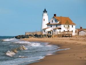 Postal: Faro en la playa