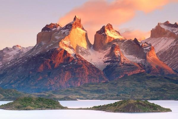 Cuernos del Paine, en el Parque Nacional Torres del Paine, Chile
