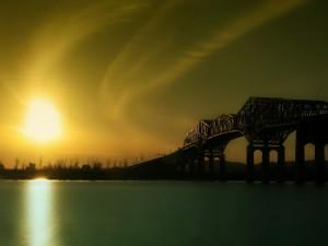 Postal: Un puente y el sol