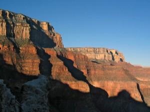 Sombras en las montañas