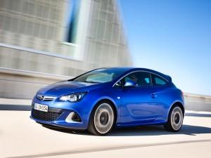 Opel Astra GTC azul