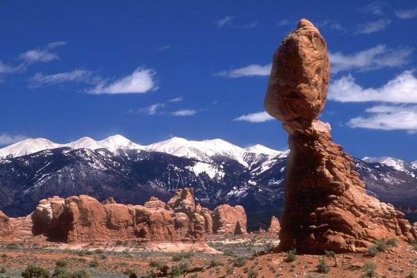 Balanced Rock en el Parque Nacional de los Arcos, Utah