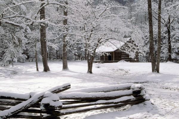 Una cabaña en la nieve, Great Smoky Mountains National Park, Tennessee