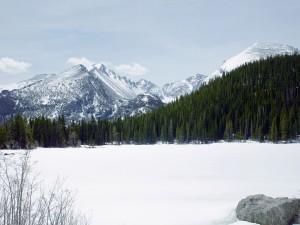 Montañas y mucha nieve