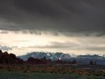 Cadena montañosa en el horizonte