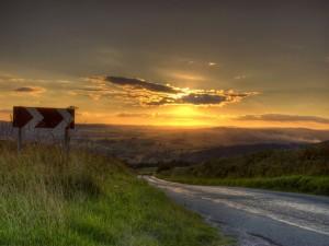 Postal: En la carretera al amanecer