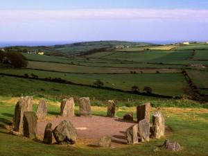 Postal: Círculo megalítico de Drombeg, Irlanda