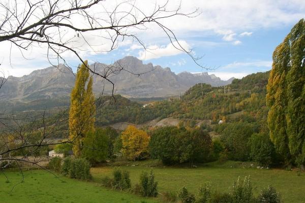 Vista del Valle de Tena, en la provincia de Huesca (Aragón, España)