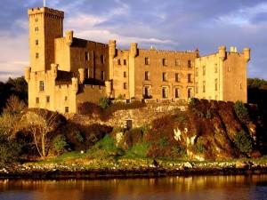 Postal: Castillo de Dunvegan, Escocia