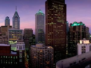 Postal: Luces en los edificios de Filadelfia