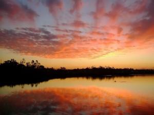 Los colores del cielo en el lago
