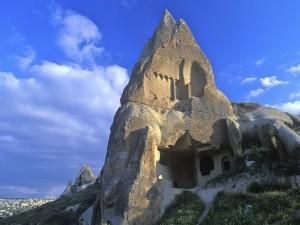 Postal: Casa en la roca