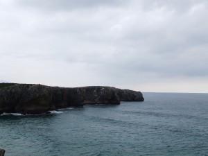 Postal: Acantilados en la costa asturiana