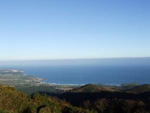 Vista del mar Cantábrico y la costa de Asturias